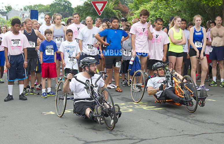 Middletown, New York - Runners and wheelchair racers gather at the starting line for the 16th annual Ruthie Dino-Marshall 5K Run/Walk hosted  by the Middletown YMCA on Sunday, June 10, 2012. ©Tom Bushey / The Image Works