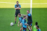 ALKMAAR - 24-08-2016, training AZ, AFAS Stadion, Niels Kok, AZ speler Guus Til, AZ trainer John van den Brom, AZ speler Mattias Johansson.