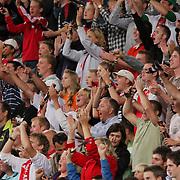NLD/Amsterdam/20080808 - LG Tournament 2008 Amsterdam, Ajax v Arsenal, blijdschap bij publiek na een doelpunt van Ajax