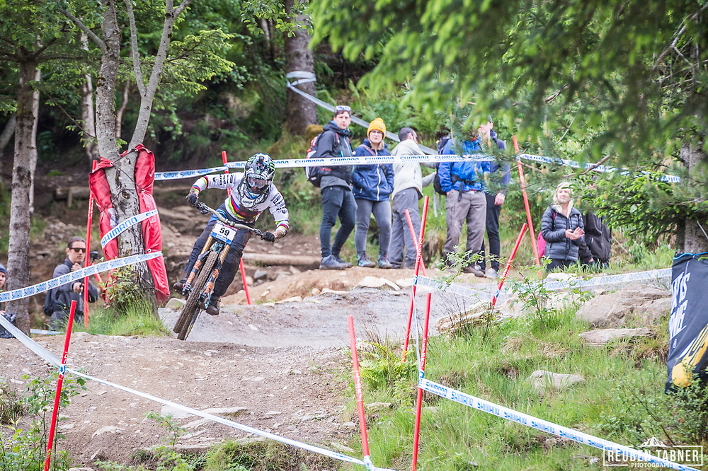 Danny Hart steps on the gas during his race run at the UCI Mountain Bike World Cup in Fort William.