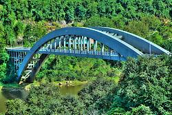 A Ponte Ernesto Dornelles, mais conhecida como Ponte do Rio das Antas, é uma obra que chama muita atenção pela beleza e grandiosidade. Teve sua construção iniciada em 1942 e está situada na RST-470 entre Bento Gonçalves e Veranópolis, no Estado do Rio Grande do Sul, Brasil. FOTO: Jefferson Bernardes/Preview.com
