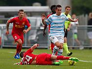 FODBOLD: Mikkel Fossum Basse (FC Helsingør) tackles af Christian Køhler (FC Nordsjælland) under træningskampen mellem FC Helsingør og FC Nordsjælland den 23. juni 2017 på Helsingør Stadion. Foto: Claus Birch