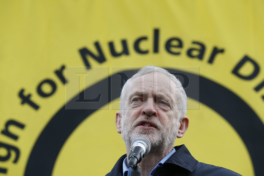 © Licensed to London News Pictures. 27/02/2016. London, UK. Labour Party leader Jeremy Corbyn speaks at a CND rally in Trafalgar Square. Thousands of protestors calling for the Trident nuclear deterrent to be scrapped have marched from Hyde Park to hear speeches from senior politicians and other campaigners. Photo credit: Peter Macdiarmid/LNP