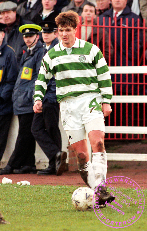 09/01/93 TENNENTS SCOTTISH CUP.CLYDE V CELTIC (0-0).DOUGLAS PARK - HAMILTON.Celtic's Dariusz Wdowczyk in action