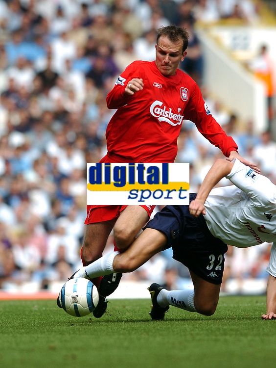 Dietmar Hamann<br />Liverpool 2004/05<br />Johnnie Jackson Tottenham Hotspur<br />Tottenham Hotspur v Liverpool (1-1) 14/08/04<br />The Premier League<br />Photo Robin Parker Fotosports International