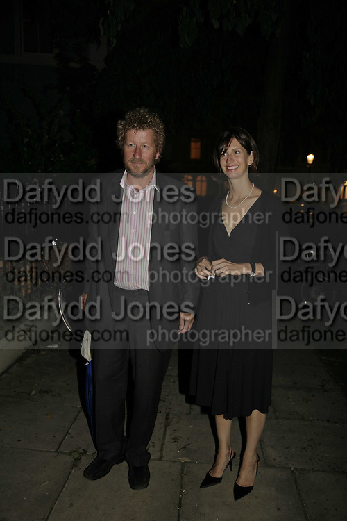 SEBASTIAN AND VERONICA FAULKS, Rachel Johnson celebratespublication of ' Notting Hell'. Communal Gardens. Ladbroke Grove. London. 4 September 2006. .ONE TIME USE ONLY - DO NOT ARCHIVE  © Copyright Photograph by Dafydd Jones 66 Stockwell Park Rd. London SW9 0DA Tel 020 7733 0108 www.dafjones.com