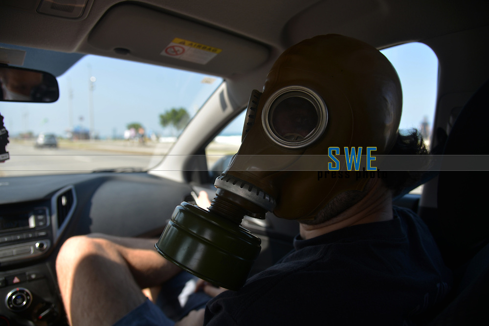 Rio de Janeiro-Brazil, May 17, 2020, fear of the coronavirus changes the routine of the people of Rio de Janeiro, even using Russian masks in the car ride