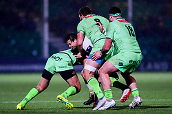 Francois Venter of Worcester Warriors is tackled by Antoine Erbani of Pau - Mandatory by-line: Ryan Hiscott/JMP - 15/12/2018 - RUGBY - Sixways Stadium - Worcester, England - Worcester Warriors v Pau - European Rugby Challenge Cup