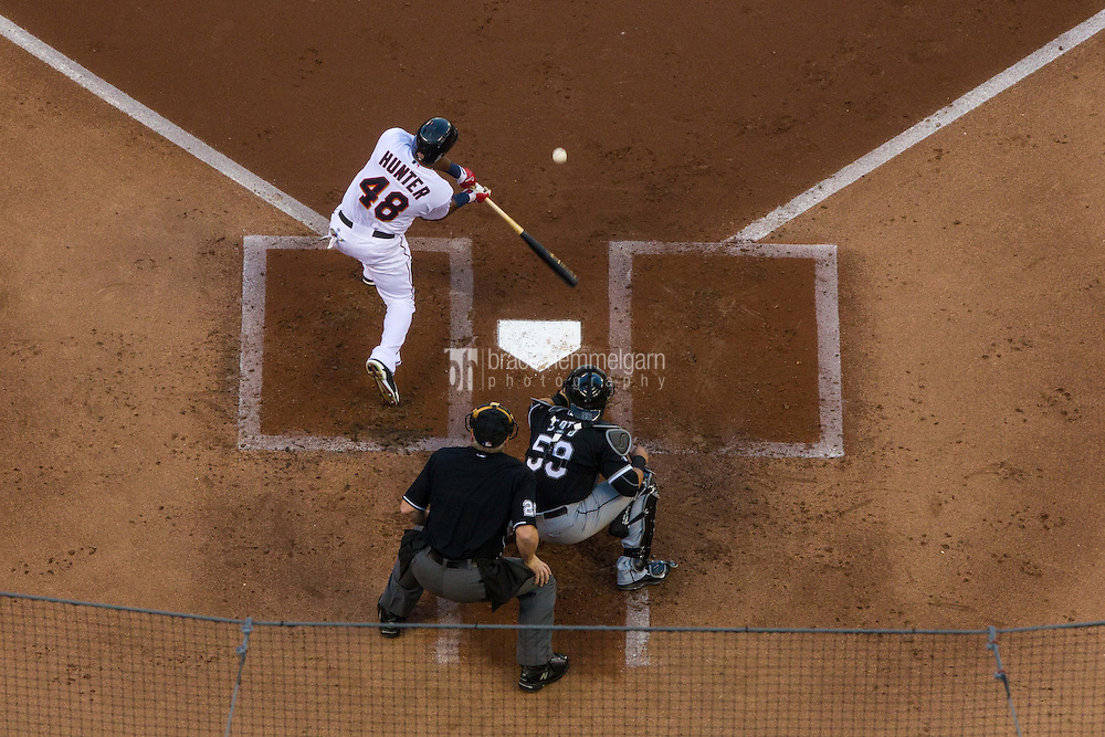 MINNEAPOLIS, MN- JUNE 23: Torii Hunter #48 of the Minnesota Twins bats against the Chicago White Sox on June 23, 2015 at Target Field in Minneapolis, Minnesota. The White Sox defeated the Twins 6-2. (Photo by Brace Hemmelgarn) *** Local Caption *** Torii Hunter