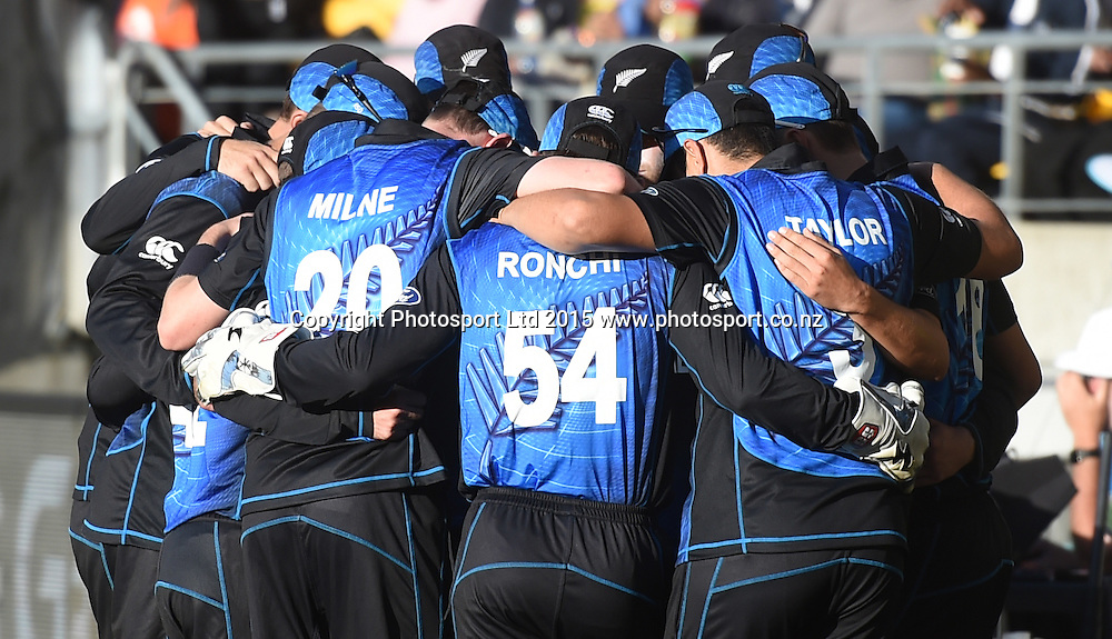 Black Caps team huddle during the ICC Cricket World Cup quarter final match between New Zealand Black Caps and the West Indies, Wellington, New Zealand. Saturday 21March 2015. Copyright Photo: Andrew Cornaga / www.Photosport.co.nz