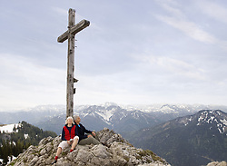 May 17, 2009 - senior couple on mountain summit. Model Released (MR) (Credit Image: © Cultura/ZUMAPRESS.com)