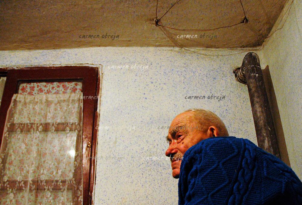 old man,92 at home