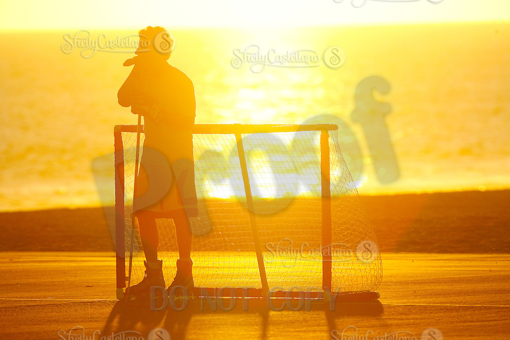 22 January 2011:  PBHA outdoor roller hockey on the blacktop at the beach.  Randy Ogie Moffett.