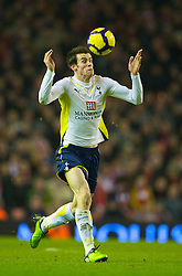 LIVERPOOL, ENGLAND - Wednesday, January 20, 2010: Tottenham Hotspur's Gareth Bale in action against Liverpool during the Premiership match at Anfield. (Photo by: David Rawcliffe/Propaganda)