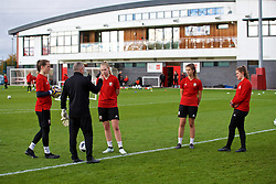 NEWPORT, WALES - Tuesday, November 6, 2018: Wales' goalkeeping coach Jon Horton with goalkeepers Laura O'Sullivan, Emma Gibbon, Olivia Clark and Claire Skinner during a training session at Dragon Park ahead of two games against Portugal. (Pic by Paul Greenwood/Propaganda)