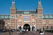 Museumsplein, Rijksmuseum, Amsterdam, Holland, Niederlande