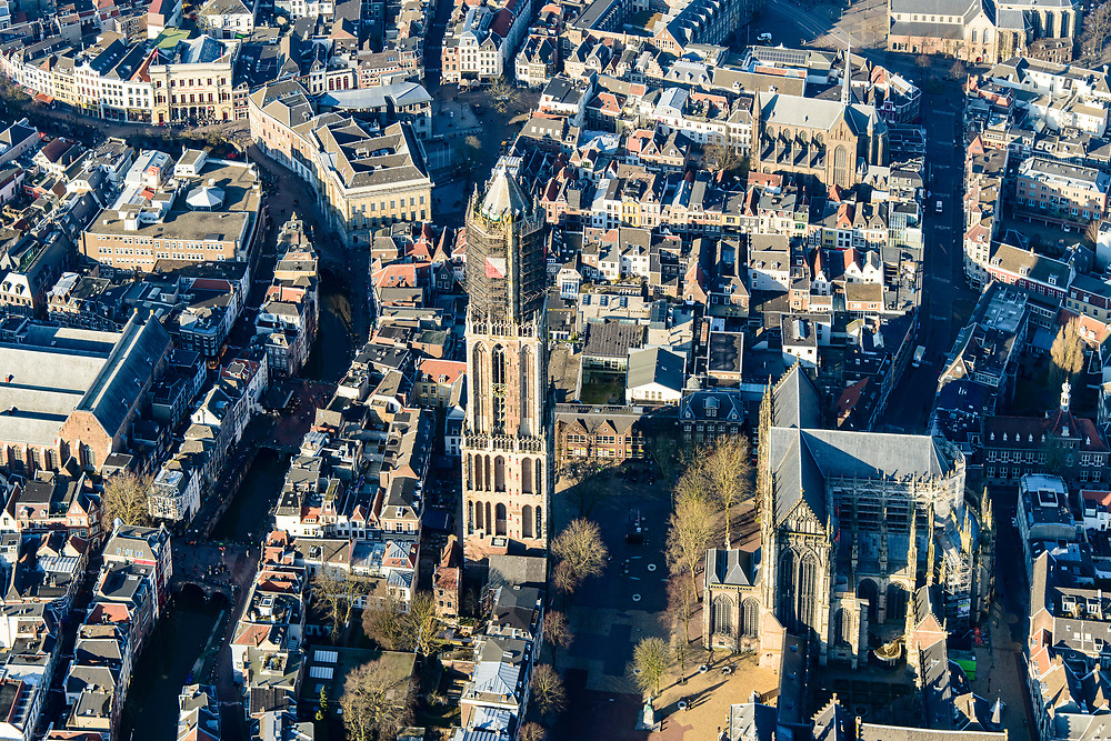 Nederland, Utrecht, Utrecht, 07-02-2018; Binnenstad Utrecht, Dom en Domplein.<br /> City centre Utrecht.<br /> <br /> luchtfoto (toeslag op standard tarieven);<br /> aerial photo (additional fee required);<br /> copyright foto/photo Siebe Swart