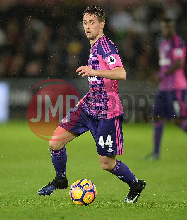 Adnan Januzaj of Sunderland - Mandatory by-line: Alex James/JMP - 10/12/2016 - FOOTBALL - Liberty Stadium - Swansea, England - Swansea City v Sunderland - Premier League