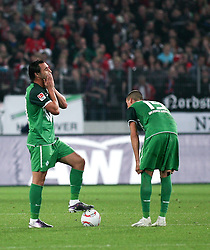 21.09.2010, AWD Arena, Hannover, GER, FBL, Hannover 96 vs Werder Bremen, im Bild Hugo Almeida (Bremen #23) haelt sich die Haende vor das Gesicht re Sandro Wagner ( Werder #19 ) EXPA Pictures © 2010, PhotoCredit: EXPA/ nph/  Schrader+++++ ATTENTION - OUT OF GER +++++ / SPORTIDA PHOTO AGENCY