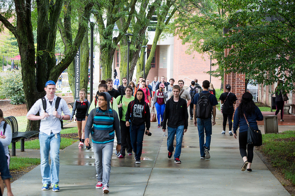 Students walking on campus<br /> <br /> Sept. 24, 2015.
