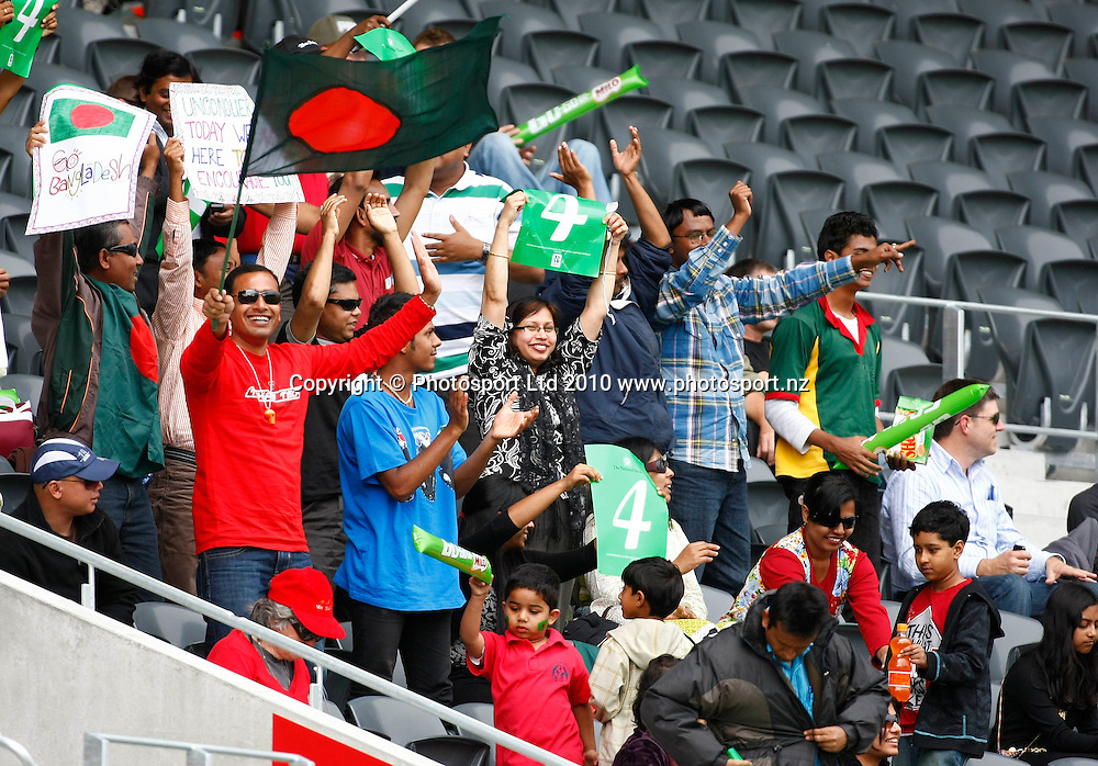 Bangladeshi fans. International One Day Cricket, New Zealand Blackcaps v Bangladesh, AMI Stadium, Christchurch, New Zealand. Thursday 11 February 2010. Photo: Simon Watts/PHOTOSPORT