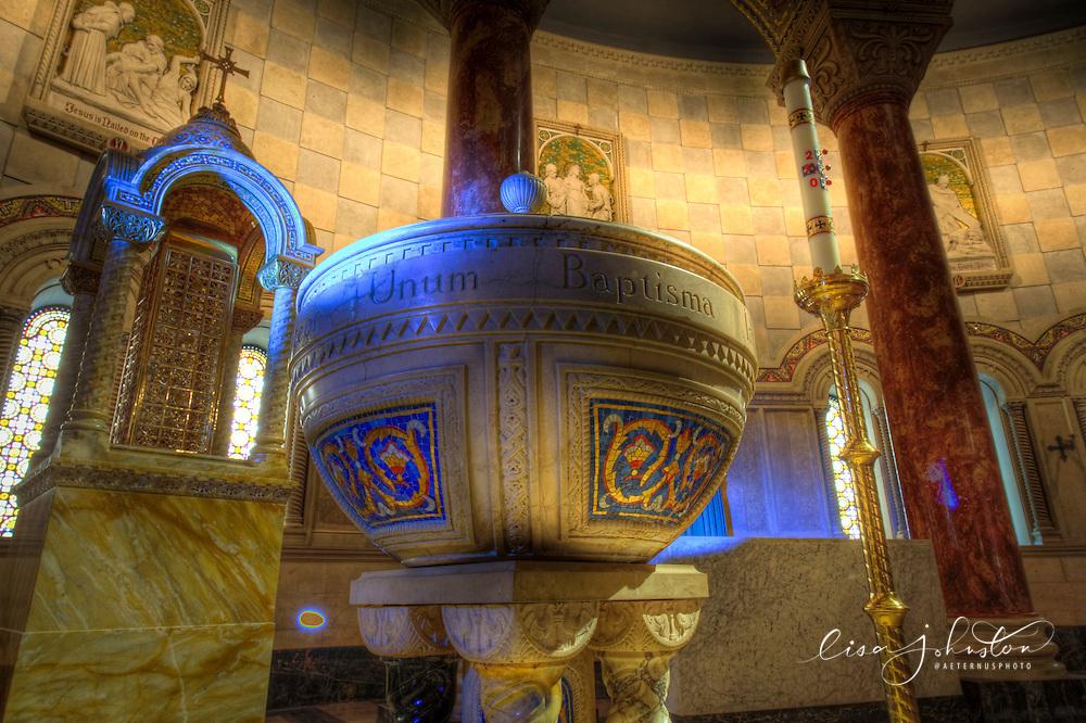 Lisa Johnston   lisa@aeternus.com   Tiwtter: @aeternusphoto Cathedral Basilica of Saint Louis, St. Louis, Missouri.
