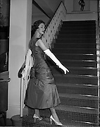 21/10/1957.10/27/1957.21 October 1957.Autumn Fashions at Brown Thomas, Grafton Street Dublin.