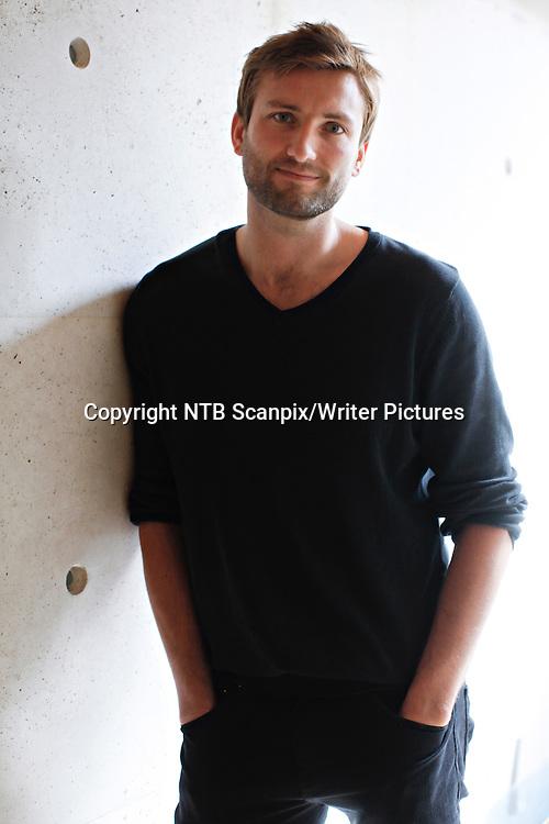 Oslo  20120813.<br /> Forfatter Birger Emanuelsen under Tiden Norske Forlag lansering av Tidens h&macr;stliste.<br /> Foto: Anette Karlsen / NTB scanpix<br /> <br /> NTB Scanpix/Writer Pictures<br /> <br /> WORLD RIGHTS, DIRECT SALES ONLY, NO AGENCY