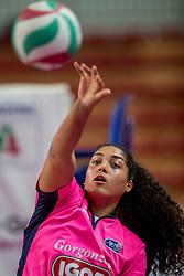 27-11-2016 ITA: Gorgonzola Igor Volley Novara - Nordmeccanica Modena, Novara<br /> Nova wint in drie sets van Modena / Celeste Plak #4
