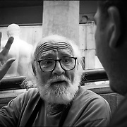 PORTRAITS / RETRATOS<br /> <br /> Mariano Díaz<br /> Diseñador - Fotografo (Chileno - Venezolano)<br /> Caracas - Venezuela 2002<br /> <br /> (Copyright © Aaron Sosa)