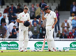 September 10, 2018 - London, England, United Kingdom - L-R England's Alastair Cook and England's Joe Root .during International Specsavers Test Series 5th Test match Day Four  between England and India at Kia Oval  Ground, London, England on 10 Sept 2018. (Credit Image: © Action Foto Sport/NurPhoto/ZUMA Press)