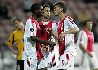 Fotball<br /> UEFA Cup<br /> 14.09.2006<br /> Åråsen Stadion<br /> Start v Ajax Amsterdam<br /> Foto: Morten Olsen, Digitalsport<br /> <br /> Ajax feirer scoring. L-R: Ryan Babel - Olaf Lindenbergh - Klaas Jan Huntelaar