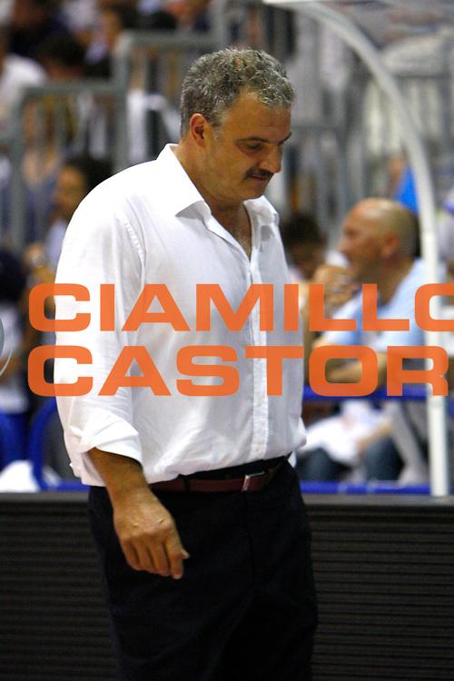 DESCRIZIONE : Capo Orlando Lega A1 2007-08 Playoff Quarti di finale Gara 2 Pierrel Capo Orlando Air Avellino <br /> GIOCATORE : Romeo Sacchetti <br /> SQUADRA : Pierrel Capo Orlando <br /> EVENTO : Campionato Lega A1 2007-2008 <br /> GARA : Pierrel Capo Orlando Air Avellino <br /> DATA : 13/05/2008 <br /> CATEGORIA : Delusione<br /> SPORT : Pallacanestro <br /> AUTORE : Agenzia Ciamillo-Castoria/J.Pappalardo<br /> Galleria : Lega Basket A1 2007-2008 <br /> Fotonotizia : Capo Orlando Campionato Italiano Lega A1 2007-2008 Playoff Quarti di finale Gara 2 Pierrel Capo Orlando Air Avellino <br /> Predefinita :