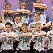 1058_Barlbourgh Bears Cheer and Dance - Atlas Roar