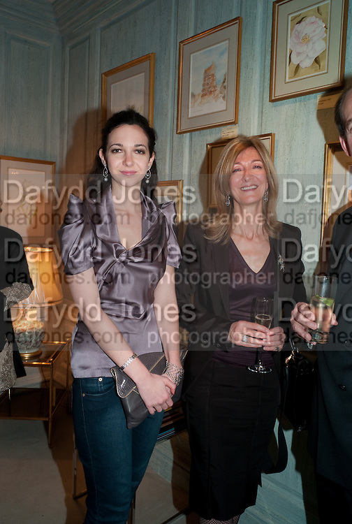 CELIA WEINSTOCK; HON MRS. LAURA WEINSTOCK, An exhibition of watercolours by William Rayner at Mallet's, New Bond St. Party afterwards at Bellami's, bruton Place. London. 16 June 2010. .-DO NOT ARCHIVE-© Copyright Photograph by Dafydd Jones. 248 Clapham Rd. London SW9 0PZ. Tel 0207 820 0771. www.dafjones.com.