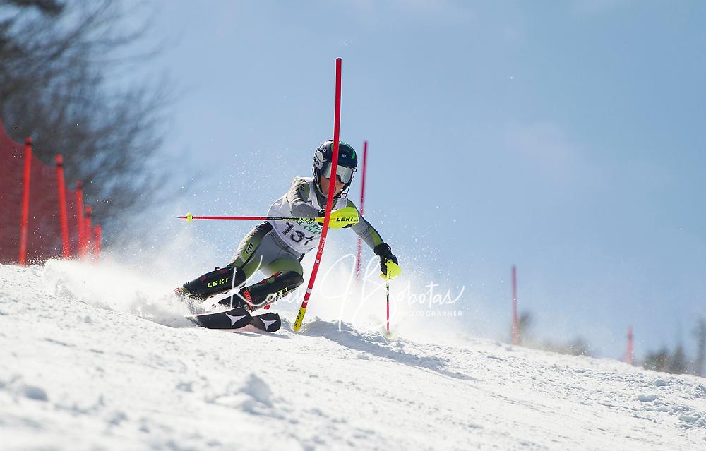 Paul Ladouceur Slalom U14 mens with the Gunstock Ski Club.  ©2017 Karen Bobotas Photographer