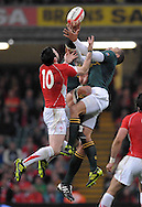 Photo © TOM DWYER / SECONDS LEFT IMAGES 2010 - Rugby Union - Invesco Perpetual Series - Wales v South Africa - 13/11/10 - Wales' James Hook and South Africa's Bryan Habana battle for a high ball - at Millennium Stadium Cardiff Wales UK -  All rights reserved