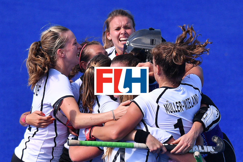 Germany's players celebrate at the end of the women's quarterfinal field hockey USA vs Germany match of the Rio 2016 Olympics Games at the Olympic Hockey Centre in Rio de Janeiro on August 15, 2016. / AFP / Carl DE SOUZA        (Photo credit should read CARL DE SOUZA/AFP/Getty Images)