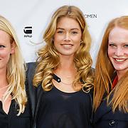 NLD/Staverden/20121004- Fotomodel Doutzen Kroes opent de 1e G-Star Women Store in Amsterdam, met 2 vriendinne