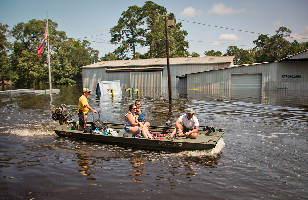 Sept 1, 2017  people being evacuated in Vidor, Texas as the water continued to rise. .Hurricane Harvey, was downgraded to a tropical storm when it flooded Vidor, Texas and the surroundingarea.