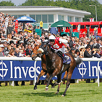 "Stone Of Folca and Luke Morris winning Investec Specialist Bank ""Dash"""
