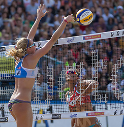 01.08.2015, Strandbad, Klagenfurt, AUT, A1 Beachvolleyball EM 2015, Semifinale Damen, im Bild links vorne Evgenia Ukolova 2 RUS, rechts hinten Kinga Kolosinska 1 POL // during Semifinal Woman of the A1 Beachvolleyball European Championship at the Strandbad Klagenfurt, Austria on 2015/87/01. EXPA Pictures © 2015, EXPA Pictures © 2015, PhotoCredit: EXPA/ Mag. Gert Steinthaler