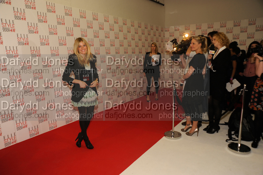 SIENNA MILLER, The Elle Style Awards 2009, The Big Sky Studios, Caledonian Road. London. February 9 2009.  *** Local Caption *** -DO NOT ARCHIVE -Copyright Photograph by Dafydd Jones. 248 Clapham Rd. London SW9 0PZ. Tel 0207 820 0771. www.dafjones.com<br /> SIENNA MILLER, The Elle Style Awards 2009, The Big Sky Studios, Caledonian Road. London. February 9 2009.