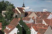 Dächer der Altstadt mit Stiegenkirche, UNESCO Welterbestätte Stadt Graz – Historisches Zentrum, Steiermark, Österreich | Roofs of old town with Stiegenkirche, UNESCO World Heritage Site city of Graz - Historic Centre, Steiermark, Austria