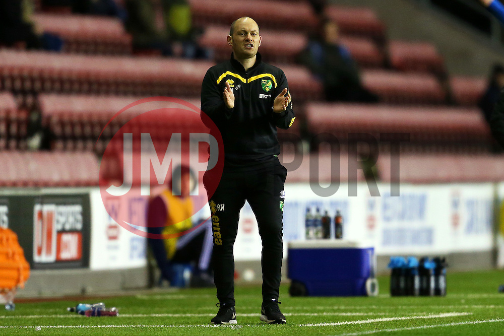 Norwich City manager Alex Neil applauds - Mandatory by-line: Matt McNulty/JMP - 07/02/2017 - FOOTBALL - DW Stadium - Wigan, England - Wigan Athletic v Norwich City - Sky Bet Championship