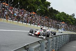 26.11.2011, Autodromo Jose Carlos Pace, Sao Paulo, BRA, F1, Grosser Preis von Brasilien, im Bild Daniel Ricciardo (AUS) Hispania Racing F1 Team - Sergio Perez (MEX) Sauber F1 Team // during the Formula One Championships 2011 Grand Prix of Brazil held at the Autodromo Jose Carlos Pace, Sao Paulo, Brazil on 2011/11/26. EXPA Pictures © 2011, PhotoCredit: EXPA/ nph/ Dieter Mathis..***** ATTENTION - OUT OF GER, CRO *****
