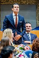 DEN HAAG -  (VLNR) DENK-kamerleden Farid Azarkan, Selcuk Ozturk en Tunahan Kuzu staan uit protest  legt de eed af tijdens de installatie van de nieuwe Kamerleden na de Tweede Kamerverkiezingen.  ROBIN UTRECHT<br /> democratie formatie holland installatie kabinetsformatie kamerleden kiezen nieuwe partijpolitiek politicus politiek tk2017 van