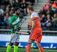 AMSTELVEEN - Jip Janssen (Ned) heeft gescoord   tijdens  de tweede  Olympische kwalificatiewedstrijd hockey mannen ,  Nederland-Pakistan (6-1). Oranje plaatst zich voor de Olympische Spelen 2020.   COPYRIGHT KOEN SUYK