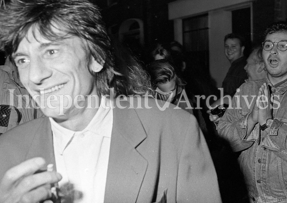 David Bowie at the Baggot Inn, 1991.<br /> (Part of the Independent Newspapers ireland/NLI collection.)
