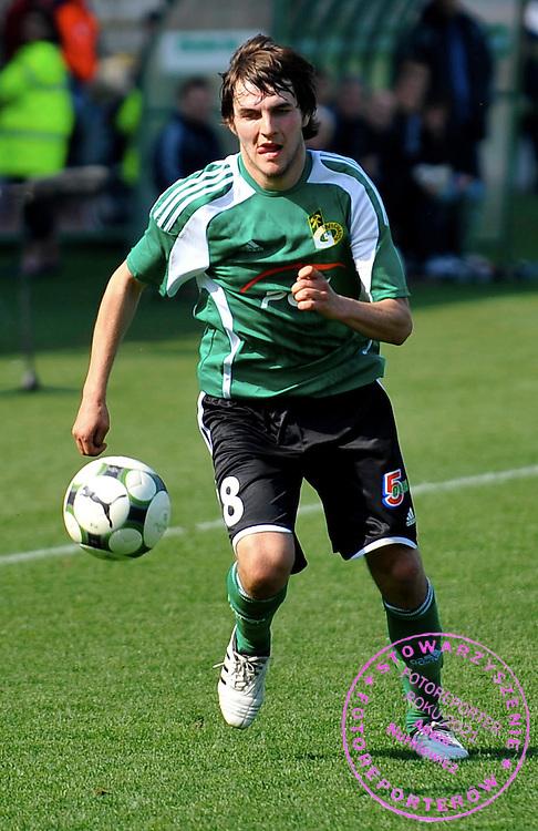 11/04/2009 Gdansk Mecz o Mistrzostwo Ekstraklasy 23 kolejka Lechia Gdansk (biale koszulki) - GKS Belchatow (koszulki zielone)  Nz Mariusz Drzymont (GKS) Fot. Radek Potakowski   / MEDIASPORT